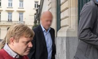 """""""Papa is geen monster"""": spoedarts schreeuwt al tien jaar onschuld uit maar riskeert 24 jaar cel voor gifmoord op vrouw"""