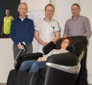VZW OIGO financiert massage- en relaxzetels voor AZ Maria Middelares en AZ Jan Palfijn Gent