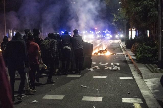 Algemene staking in Catalonië veroorzaakt afgelaste vluchten en geblokkeerde wegen