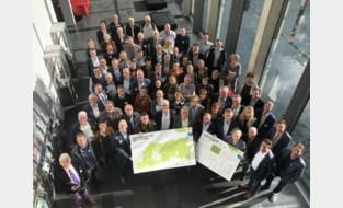 """Alle gemeenten van de provincie ondertekenen Klimaatengagement, op eentje na: """"We hebben al genoeg half afgewerkte plannen"""""""