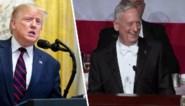 Ex-regeringslid van Trump laat zich gaan op benefietgala en lacht president voor volle zaal vierkant uit