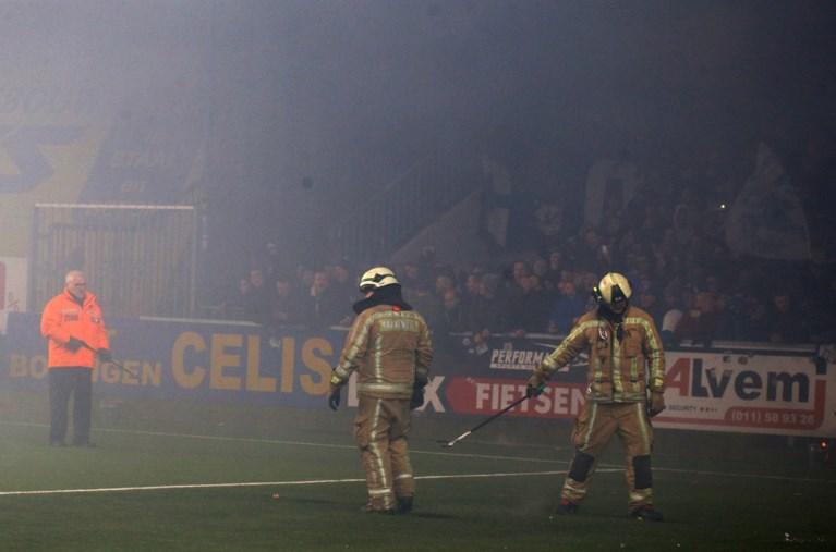 """Gestaakte Limburgse derby blijft de gemoederen beroeren: """"Supporters die met dingen willen smijten, gaan beter hamerslingeren"""""""