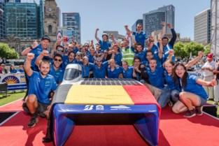 Leeuwse in winnend Solar Team