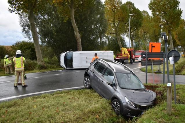 Als bij wonder geen gewonden na spectaculair ongeval