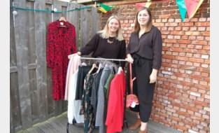 Lotte (23) en Shana (25) houden closet sale