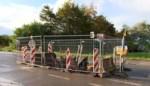 VIDEO. Kapot riooldeksel aan researchpark in Haasrode eindelijk vervangen