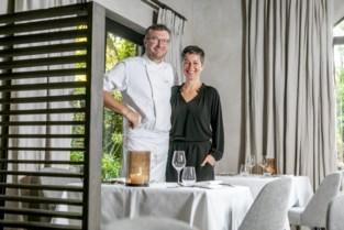 Chef-kok Steven (51) heeft al tien jaar een Michelinster, maar de échte ster van zijn zaak is zijn garnaalkroket