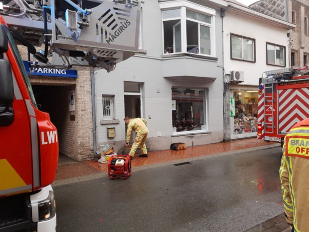 Vrijwilligers Televestiaire merken tijdig brand op bovenverdieping op