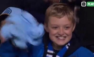 Ruud Vormer maakt jonge fan (en vader) zielsgelukkig met shirt