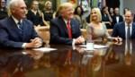 Trump blundert tijdens gesprek met vrouwelijke astronauten, en die laten dat niet zomaar passeren
