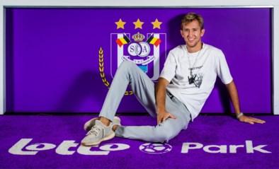"""Topaankoop Michel Vlap ziet een nieuwe dynamiek bij Anderlecht: """"Kompany praat nog altijd veel, Vercauteren voegt bagage toe"""""""