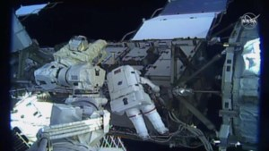 Eerste volledig vrouwelijke ruimtewandeling