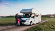 Gezin van vijf laat alles achter, reist met mobilhome door Europa… en binnenkort zijn ze met z'n zessen
