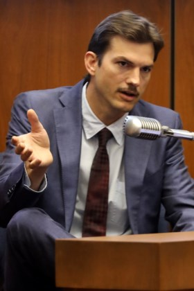Doodstraf voor moordenaar van vriendin Ashton Kutcher