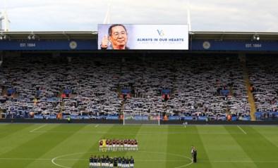 Leicester City herdenkt verongelukte eigenaar met pakkende minuut stilte
