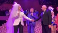 Droom komt uit voor 'bruid' Koen Crucke: eindelijk getrouwd in het wit