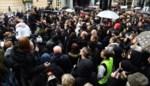 Vierhonderd mensen lopen mee in zwarte mars in Brussel