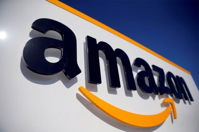 Amazon-werknemer ligt 20 minuten tussen rekken na hartaanval, collega's moeten meteen na overlijden weer aan de slag