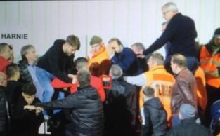 """Bestuur Lierse Kempenzonen en pers aangevallen tijdens wedstrijd in Charleroi: """"Ik was echt bang"""""""