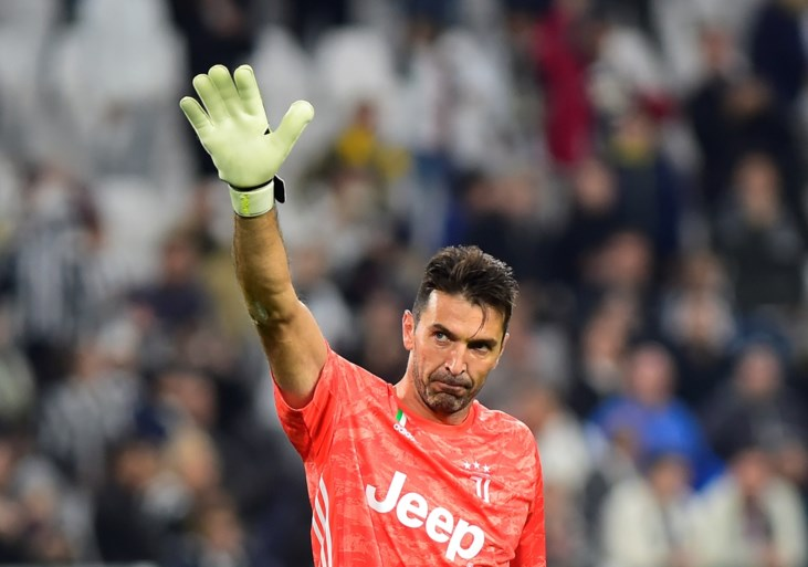 Juventus geeft zege nog bijna weg, maar kan rekenen op bijna 42-jarige Gianluigi Buffon met ultieme save
