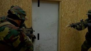 Militairen in Heverlee houden spectaculaire oefening om rekruten aan te trekken