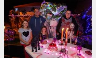 """Deze familie neemt halloween heel serieus: """"En het is goed voor de verkeersveiligheid"""""""