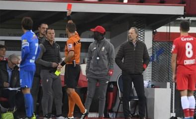 Eén speeldag schorsing dreigt voor assistent-coach Eric Deflandre na rode kaart tijdens Standard-Genk