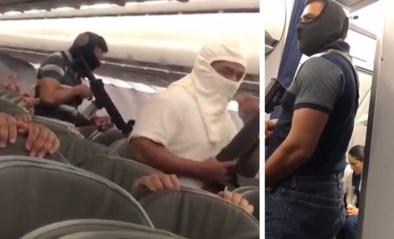 """Onrust nadat video van """"vliegtuigkaping"""" de wereld in wordt gestuurd: luchtvaartmaatschappij schept duidelijkheid"""