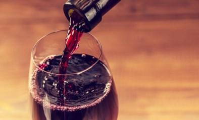 Dit jaar staat er alcoholvrije wijn op de feesttafel