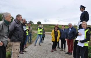 Ruim 700 ton sluikafval opgeruimd voor heropening van twee trage wegen