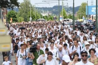 Witte mars voor tiener die door politie werd aangereden in Brussel