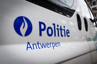 Politie stelt zwartwerk vast bij controle in autogarages