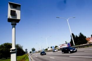 Meer snelheidsboetes maar minder zware overtredingen