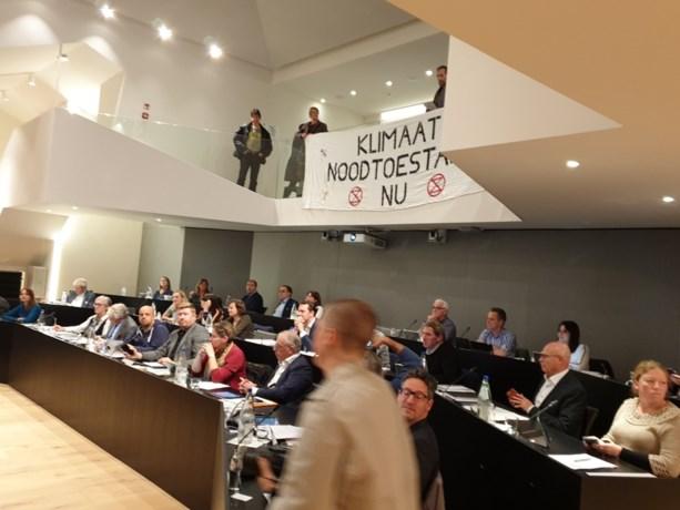 Extinction Rebellion voert actie op Hasseltse gemeenteraad