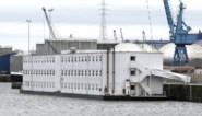 """Oude gevangenisboot vangt vanaf december weer asielzoekers op in Gent. """"We kunnen de instroom niet meer aan"""""""