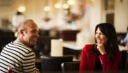 """De band tussen Sandra Bekkari (46) en Dries Henau: """"We moedigen elkaar aan om onze grenzen te bewaken"""""""