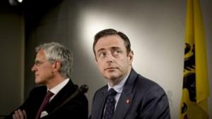 """Bart De Wever (N-VA): """"Kris Peeters (CD&V) heeft mij verschrikkelijk kwalijk genomen dat hij geen premier werd"""""""