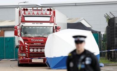 Hebben smokkelaars verzegeling koelwagen omzeild en wie zijn de slachtoffers? Federaal parket opent onderzoek na vondst van 39 lichamen in vrachtwagen