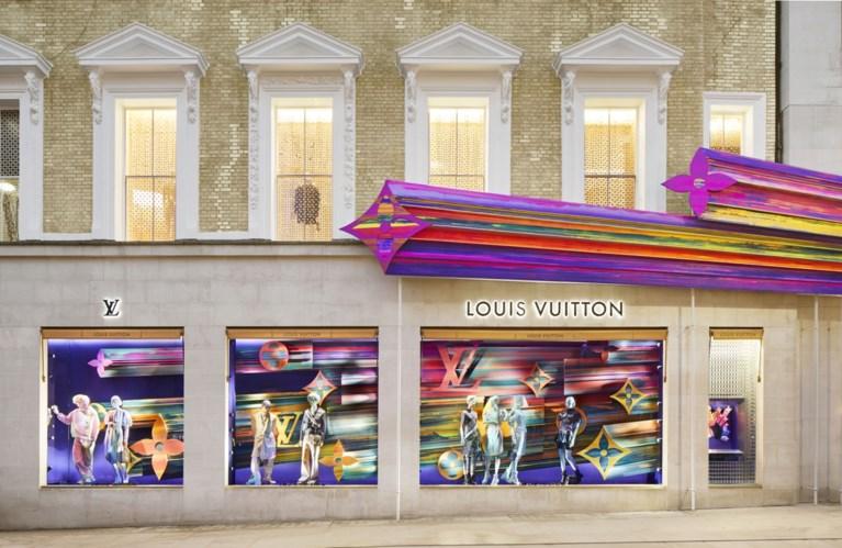 Zo bombastisch ziet de vernieuwde winkel van Louis Vuitton in Londen eruit