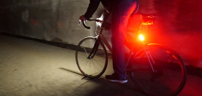 Elf slecht verlichte fietsers kregen een verwittiging