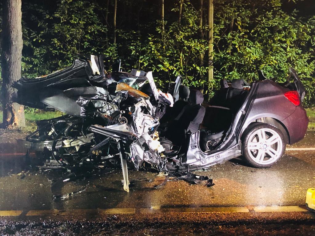 Bestuurster (22) uit Balen omgekomen bij ongeval in Limburg, vriend (23) kritiek