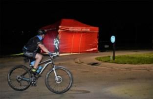 """Stefaan (51) wordt onwel tijdens mountainbiketocht en sterft: """"Hij lag op een afgelegen plek, waardoor hulp niet meer mocht baten"""""""