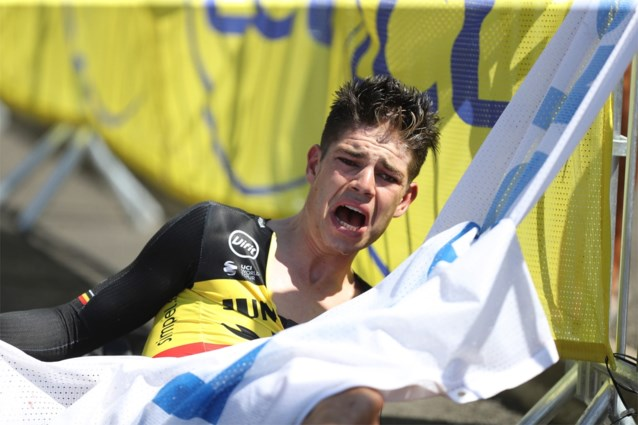 """Wout van Aert blijkt ook mentale schade te hebben overgehouden aan val in de Tour: """"Ik word angstig als ze snel door een bocht gaan"""""""