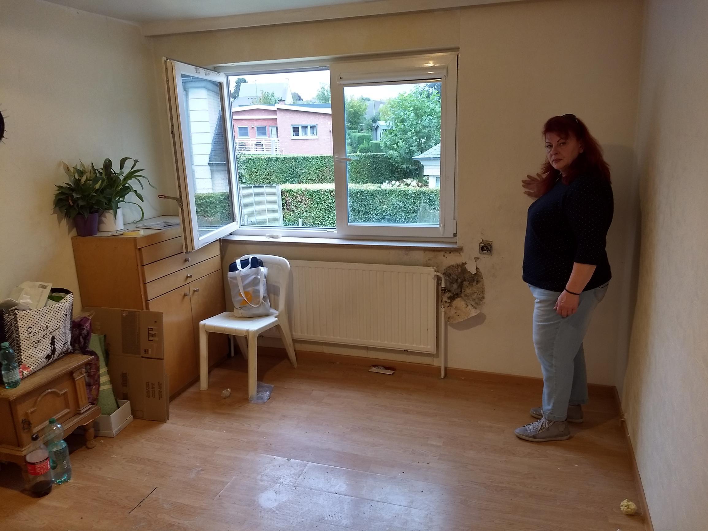 560 euro per maand voor beschimmelde kamer zonder slot, elektriciteit, verwarming of internet