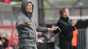 Antwerp-coach Bölöni zit nog met wat vragen en geeft ons een inkijk in zijn (moeilijke) keuzes