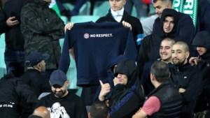 Europese voetbalbond is mild: slechts één match achter gesloten deuren voor Bulgaren na racistische spreekkoren