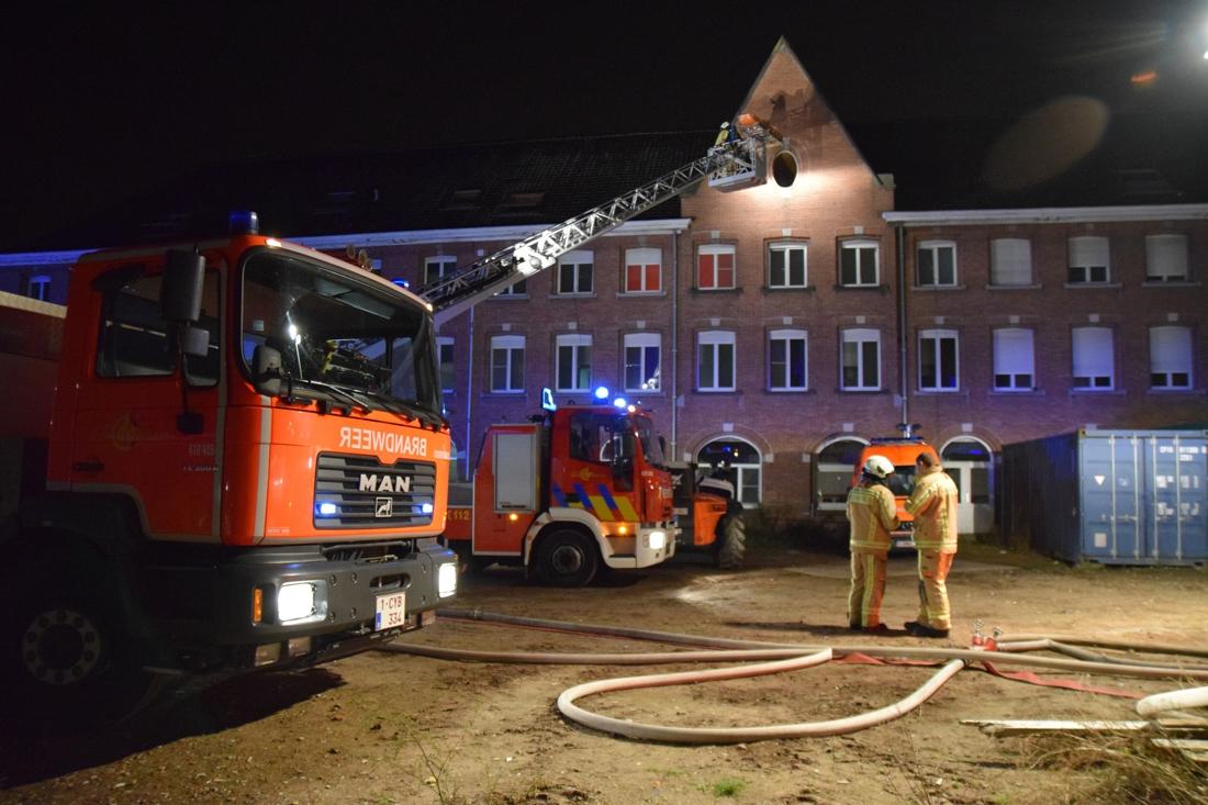 Brandweer laat unieke kans op grootschalige oefening niet liggen (het was trouwens nu of nooit)