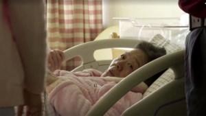 """Belgische experts geloven mirakelverhaal niet: """"Spontane zwangerschap op je 67ste? Onmogelijk"""""""