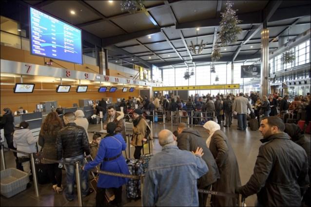 Overtredingen bij bewaking op luchthavens blootgelegd