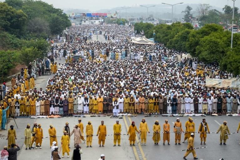 Grootschalige islamitische betoging in Pakistaanse hoofdstad tegen regering